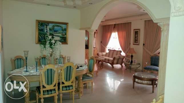 house has chic furniture and decoration عرمون -  1