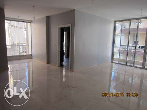 125sqm Unfurnished apartment for Rent Achrafieh Saydeh