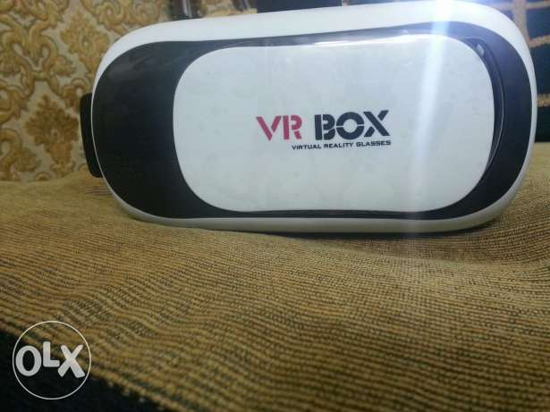 VR Box Brand new without remote