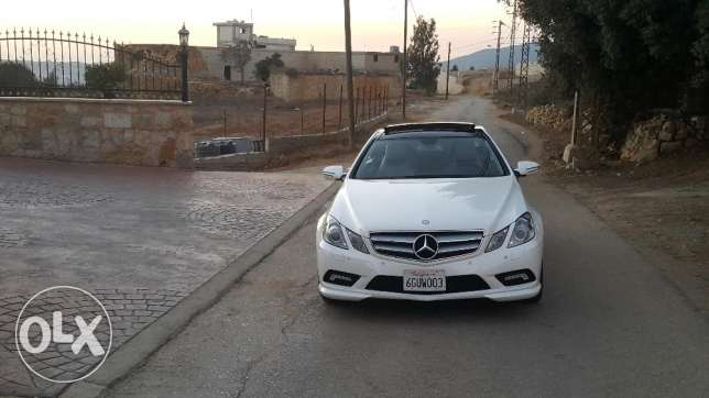 Mercedes e 350 coupe 2010 ajnabiyi amg line color pearl white loulou أشرفية -  2