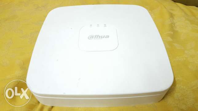 Dvr Dahua , internet phone app, 1TB hardisk , power supply for cameras
