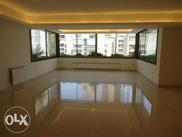 240 Sqm Apartment for Rent in Clemenceau, Beirut (Ref: 1560)