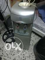 water cooler(borrad may in good condition