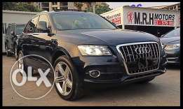 Audi Q5 S Line 3.2 Liter V6 2009 Blue in Excellent Condition!