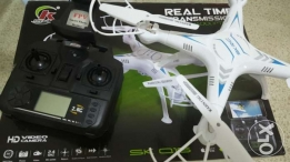 Quadcopter with Wifi HD Video Camera