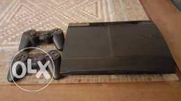 PS3 with Camera, 2 controllers and 7 games, as great as new for 200$.