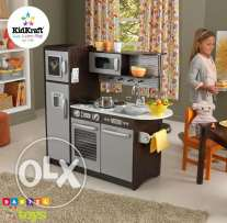 kidkraft wooden kitchen for only 250$ brand new