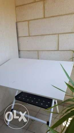 drawing table- metal-very good condition