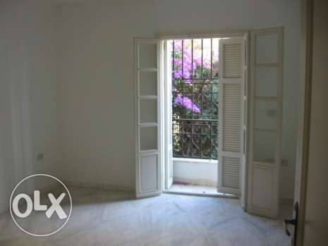 208 sqm apartment for sale in a traditional area in Baabda بعبدا -  7