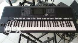 Keyboard Yamaha psr-S 950 - Hot Deal - psr-S 950 أورغ ياماها