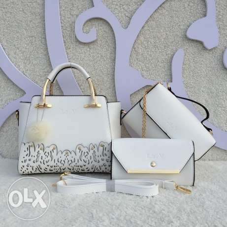 4 set bags for 60000 all colors available