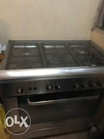 Oven for sale, 1 year old