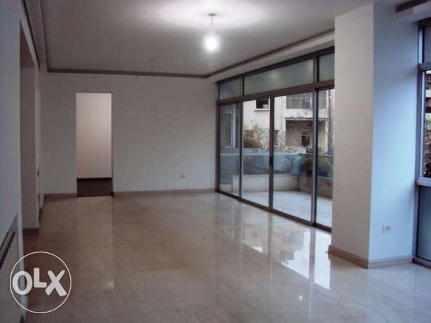 ( Verdun , Beirut ) - Rent - 3 Bedrooms - 300 m2