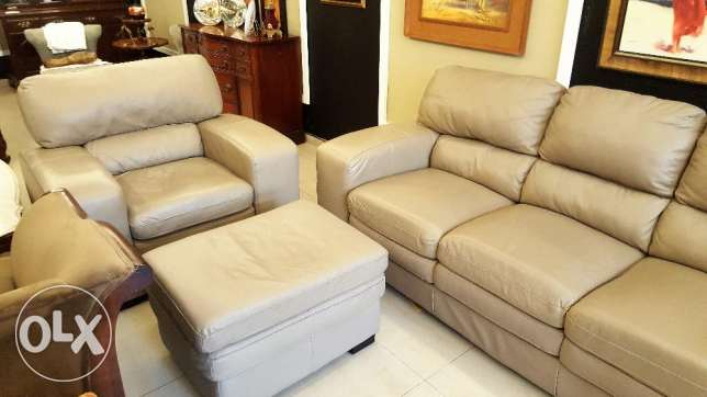 Canadian Furniture - Real Leather 3 Pieces Living Room Set.