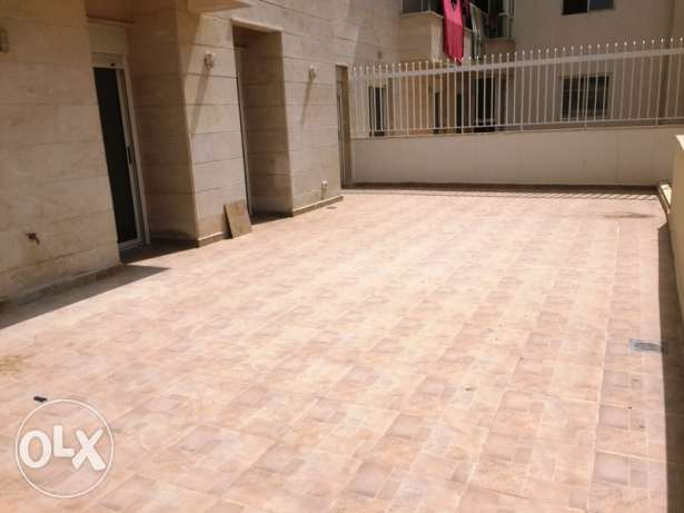 160sqm apartment + 50sqm terrace for sale in Dbayeh المتن -  5
