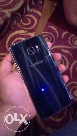 S7 edge with box and accessories جبيل -  1