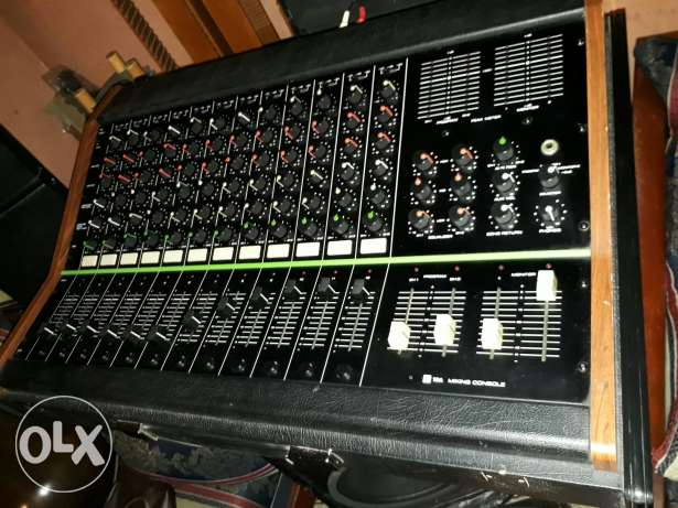 TOA Professional Mixer 12Channels input and output&Aux.lines &Monitors
