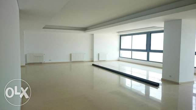 ( SODECO , BEIRUT ) - Rent - 3 Master Bedrooms - 370 m2
