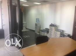 400sqm office space for rent in Burj El Ghazal