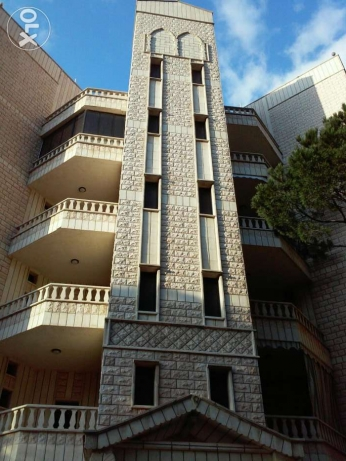 Building for   sale in chbanieh