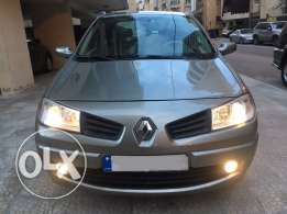 renault megane model 2009. low millage.