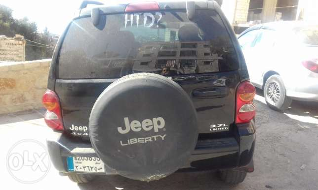 jeep liberty limited edition 2002 4x4 عاليه -  5