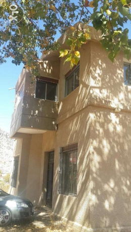 Building for rent in laklouk جبيل -  2