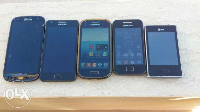 4 samsung w 1 lg for sale or trade 3a chi phone عاليه -  2