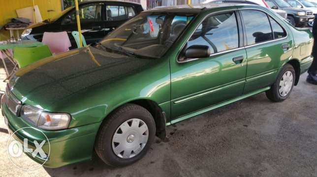 Nissan sunny salon model 99