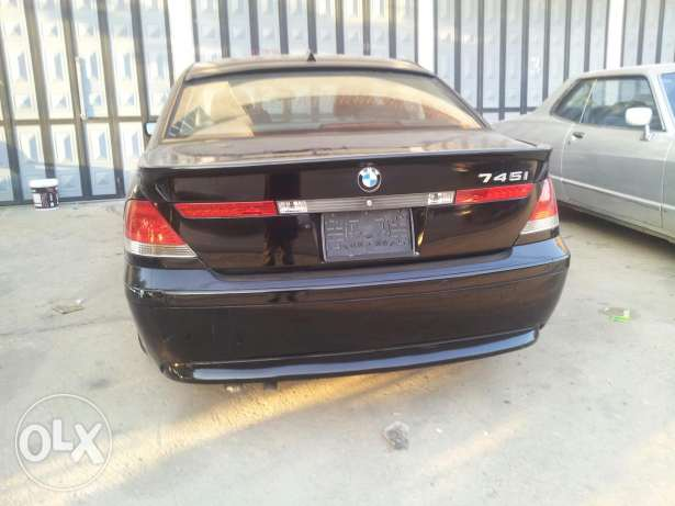 Bmw 745 i 2003 good con full زغرتا -  2
