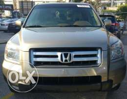 Honda pilot 2008 4×4 full options sheshe camera jeled..clean carfax