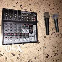 Mixer behringer & 2 mic & stand
