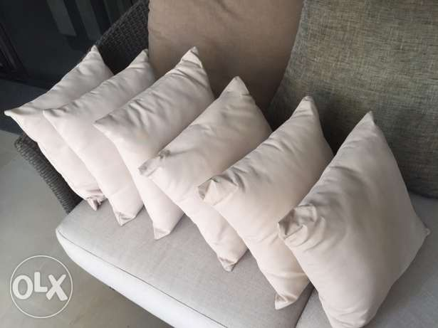 6 small cushions beige color 35x35cm