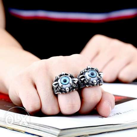 Skull Claw Vivid Eye Rings For Man