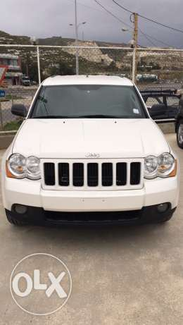 grand cherokee mod 2008 clean carfax jeled aswad