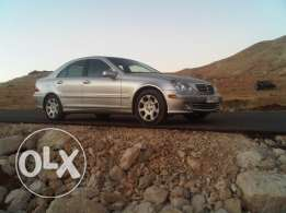 mercedes-benz c320 for sale model 2005 super clean