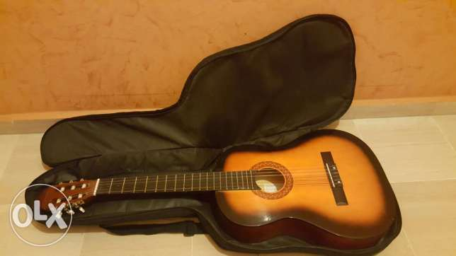 Classical Guitar with a Free Bag بياقوت -  5