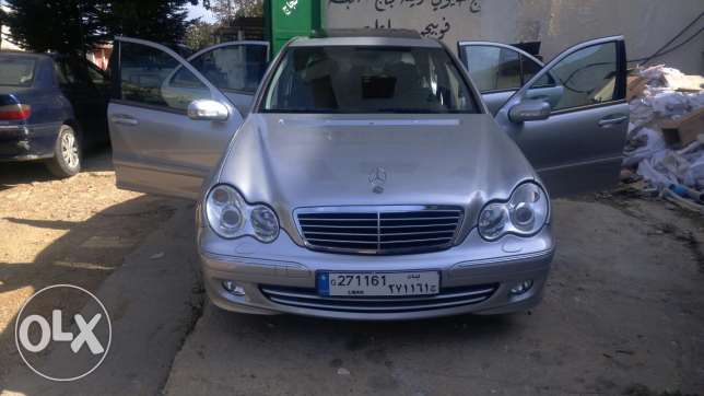 C230 kompressor full option sunroof 4 cylinder عكار -  2
