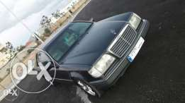 Mercedes coupe E300 model 91 full option