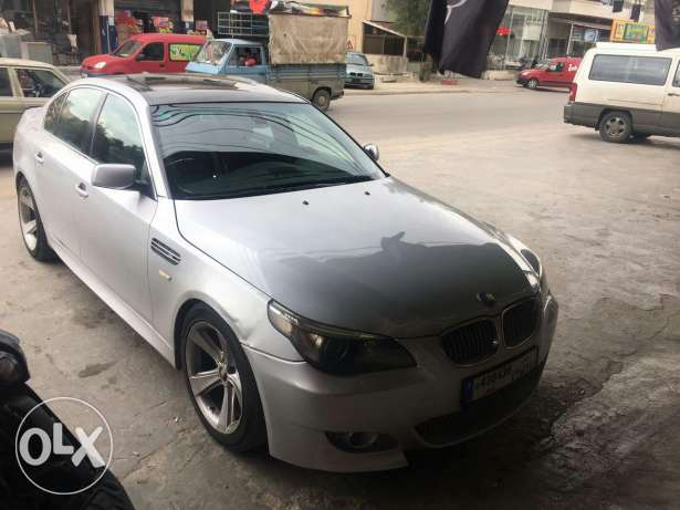 BMW 525 model 2005 super clean silver and silver very good condition النبطية -  2