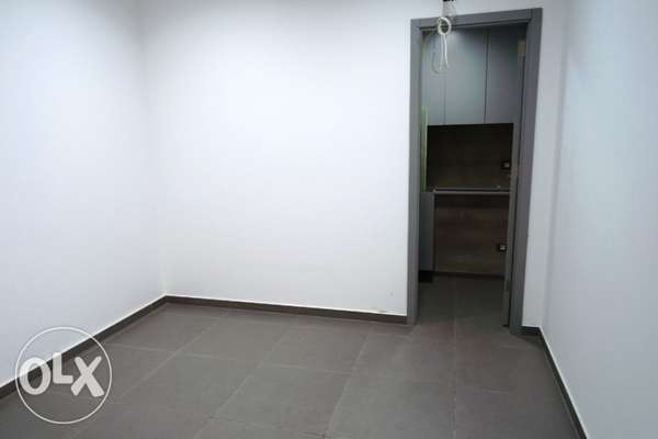 Brand New office for rent in Dekweneh 75 sqm 1st floor -940$ per month