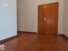 286 SQM Deluxe Apartment for Rent in Beirut, Ras Beirut AP3841
