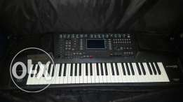 Ketron X1 for sale with arabic scale in good condition perfect sounds
