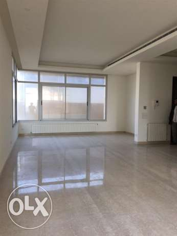 Ras Beirut: 200m apartment rent.