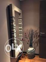 Mirror and vase for entray