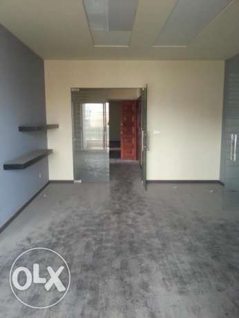 Office for rent in Jdeideh SKY531