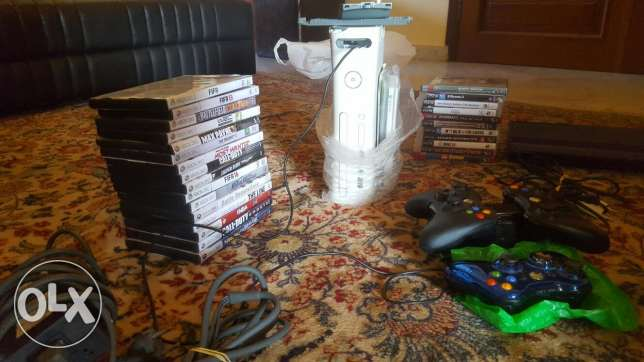Ps3 super slim 500gb + xbox 360 m3adale