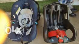 car seat graco with base