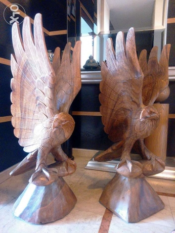 Handmade Wooden Eagle Sculpture / منحوتات خشبية