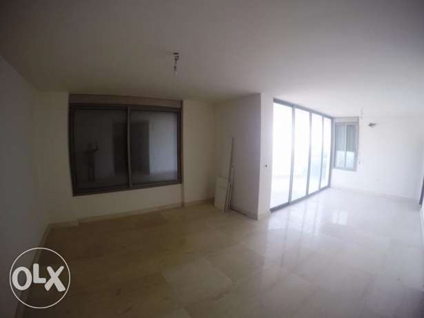 180sqm Apartment for rent in Naccache FC7058